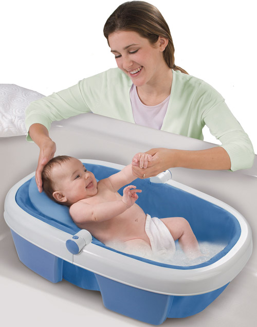 Купание ребенка в специально подготовленной воде