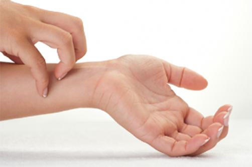 Зудящие ощущения на кожном покрове рук