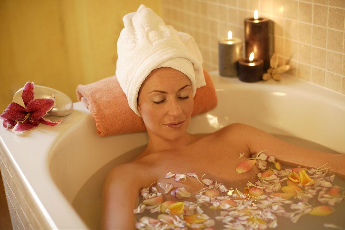 Прием лечебных ванн при крапивнице