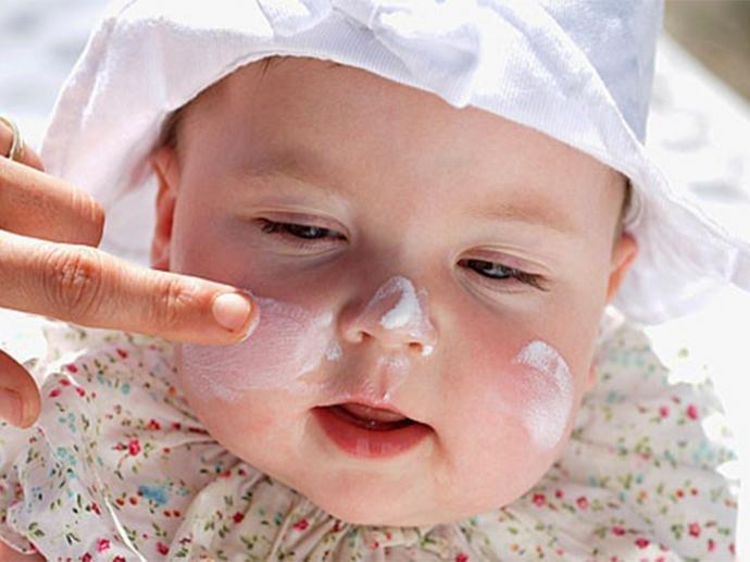 Мазь от крапивницы у ребенка на лице