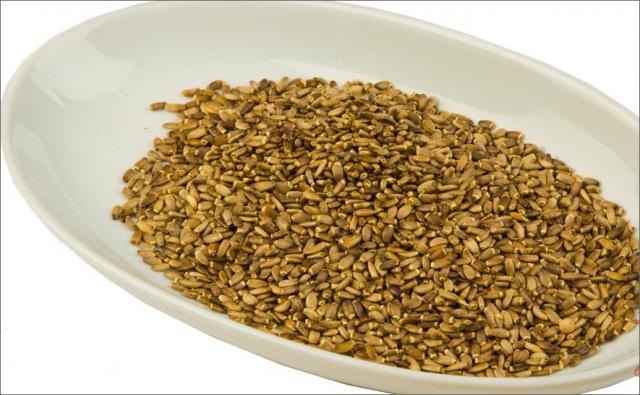 Семена в миске